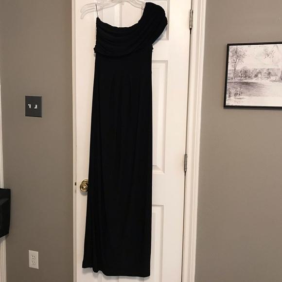 Isabella Oliver Dresses & Skirts - Black one shoulder Maternity formal dress